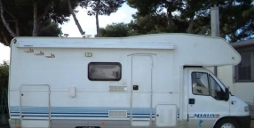 Camper: elnagh marlin 65 garage